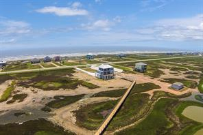 Property for sale at 5151 Bluewater Hwy County Road, Surfside Beach,  Texas 77541