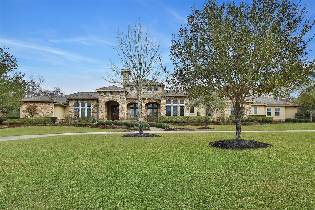 10 HUNTINGTON WOODS ESTATES DRIVE, TOMBALL, TX 77377