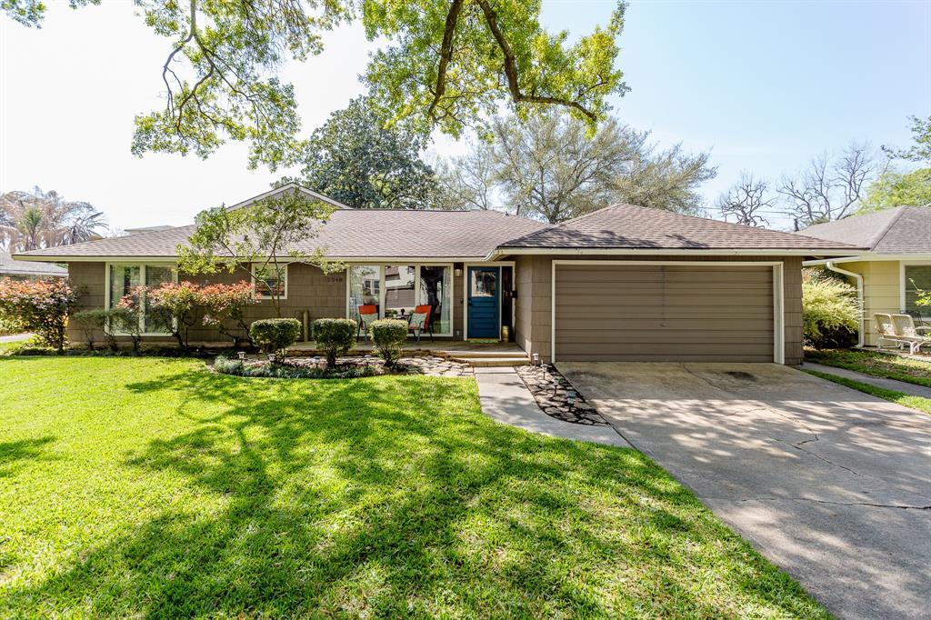 5540 Grand Lake Street Bellaire TX  77401 - Hunter Real Estate Group