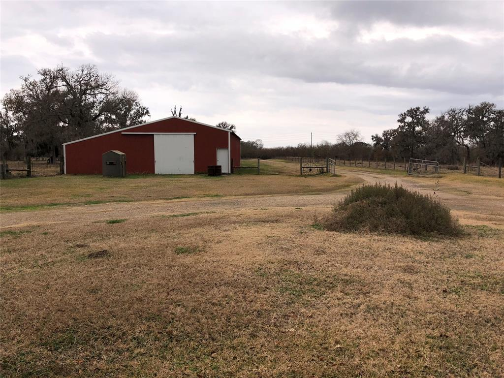 8639 Fm 2759 Road Richmond, TX 77469