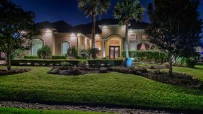 Property for sale at 1111 Oak Park Lane, Friendswood,  Texas 77546