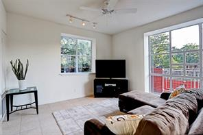 4004 MONTROSE BOULEVARD #48A, HOUSTON, TX 77006  Photo 8