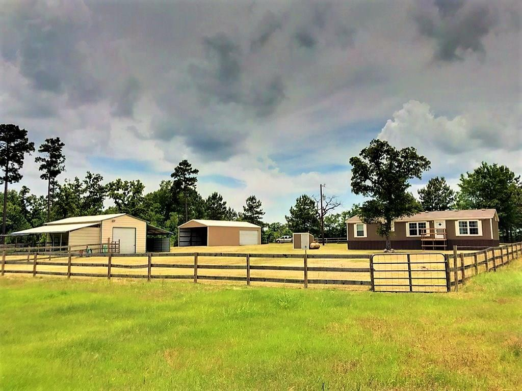 18380 County Road 147 Navasota Home Listings - Top Guns Realty Grimes County Real Estate