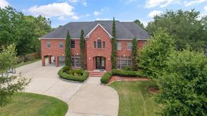Property for sale at 806 W Edgewood Drive, Friendswood,  Texas 77546