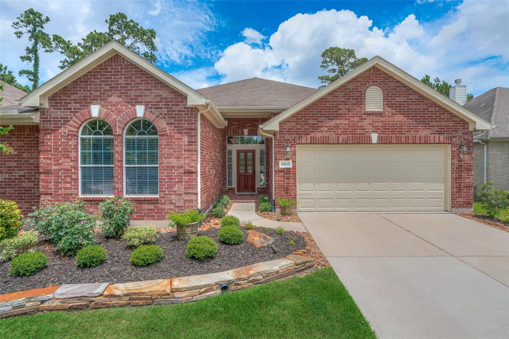 25605 Remington Cove Court Kingwood | Atascocita | Humble Home Listings - Lorna Calder REMAX Real Estate