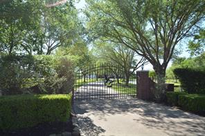 10 N LAKEFIELD TRAIL N, KATY, TX 77493  Photo