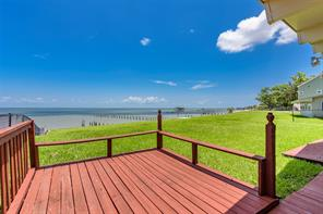Property for sale at 5039 W Bayshore Drive, Bacliff,  Texas 77518