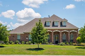 Property for sale at 911 Mossy Oak Court, Friendswood,  Texas 77546