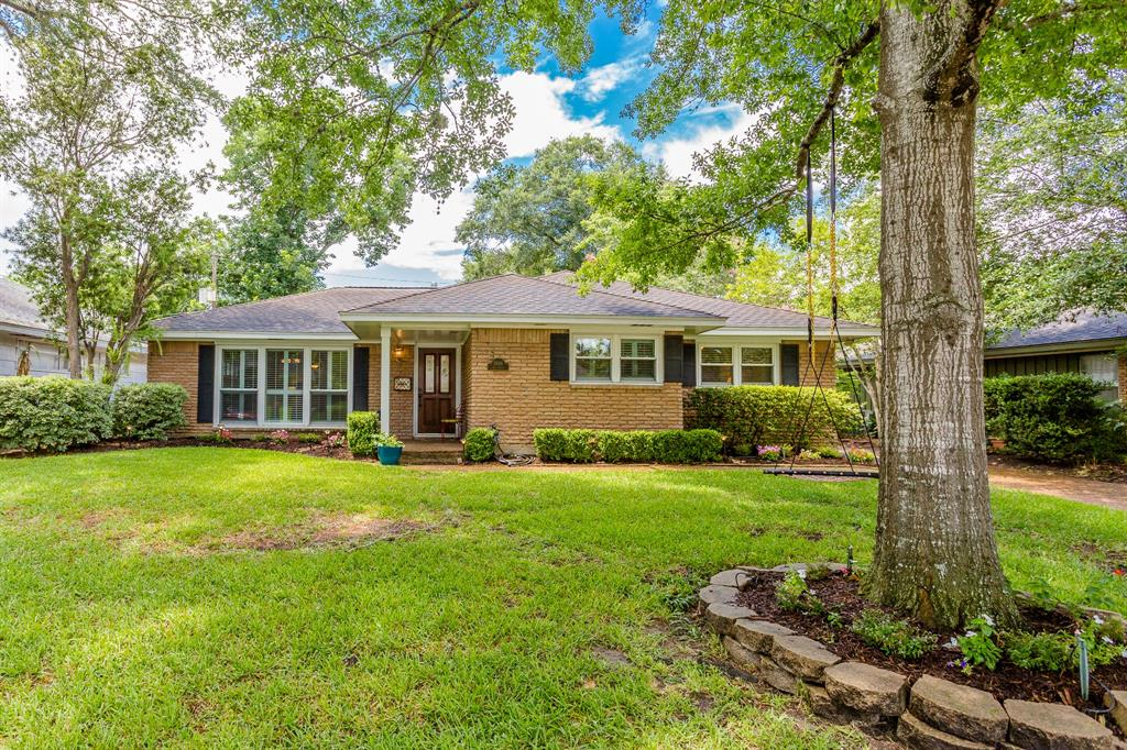3606 Deal Street Houston TX  77025 - Hunter Real Estate Group