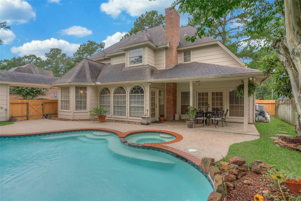 5914 Spring Lodge Drive Kingwood | Atascocita | Humble Home Listings - Lorna Calder REMAX Real Estate