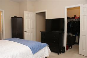 916 STERLING CREEK CIR, KATY, TX 77450  Photo