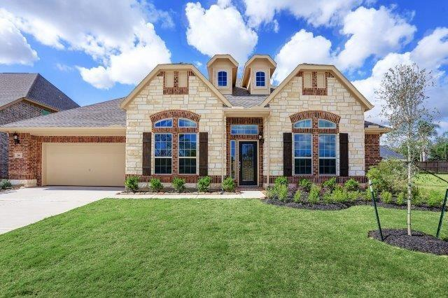 216 Bentwater Lane Brazoria Home Listings - TBT Real Estate Brazoria County Real Estate