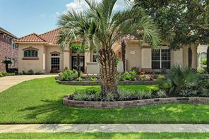 Property for sale at 2203 Twin Oaks Boulevard, Kemah,  Texas 77565