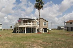Property for sale at 914 Treaty Drive, Surfside Beach,  Texas 77541