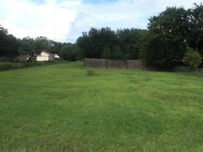 Property for sale at 1505 Avenue K, Danbury,  Texas 77534
