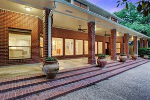 Property for sale at 4 Wilderness Trail, Friendswood,  Texas 77546