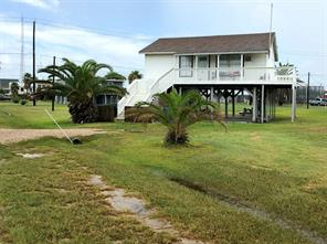 Property for sale at 322 Surf Drive, Surfside Beach,  Texas 77541