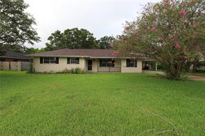 Property for sale at 18314 Kings Lynn Street, Webster,  Texas 77058