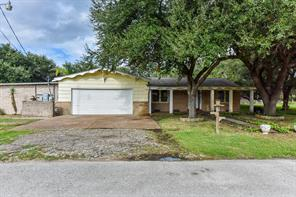 Property for sale at 3611 E Mable Street, Bacliff,  Texas 77518