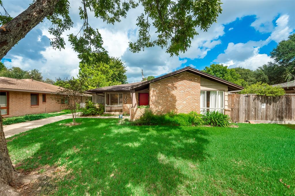 3102 Fairhope Street Houston TX  77025 - Hunter Real Estate Group