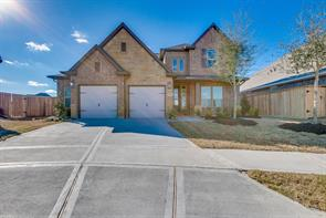 Property for sale at 10707 Crestwood Point Circle, Cypress,  Texas 77433