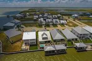 Property for sale at 5013 Brigantine Cay Court, Texas City,  Texas 77590
