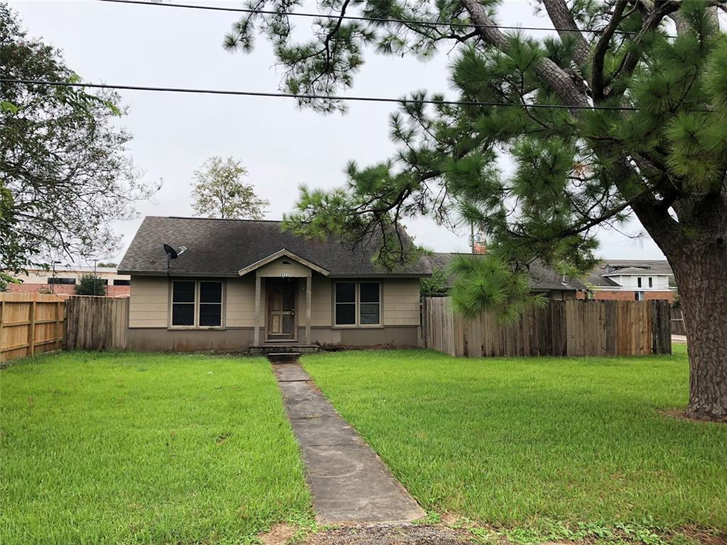 2111 BROWN STREET, MISSOURI CITY, TX 77489
