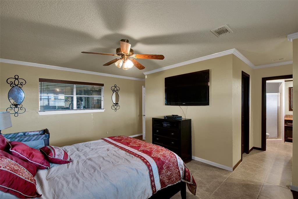 5601 Old Greenhouse Road Houston, TX 77084