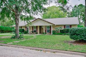 Property for sale at 1908 Dellore Lane, League City,  Texas 77573