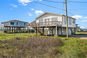 Property for sale at 219 Detenbeck Avenue, Surfside Beach,  Texas 77541