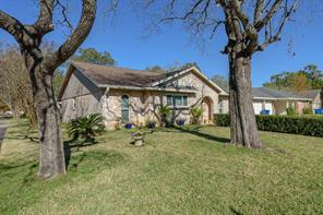 Property for sale at 412 Travis Street Street, Webster,  Texas 77598