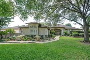Property for sale at 904 Pine Hollow Drive, Friendswood,  Texas 77546