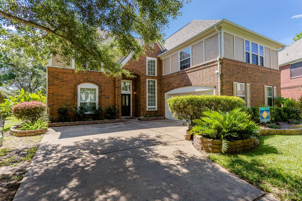 103 S Hall Sugar Land TX  77478 - Hunter Real Estate Group
