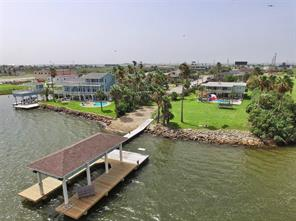 Property for sale at 1020 Commodore Drive, Galveston,  Texas 77554