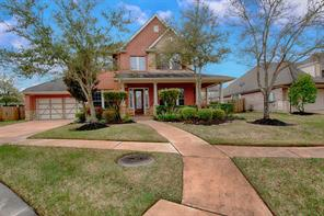Property for sale at 221 Ranchwood Lane, Friendswood,  Texas 77546