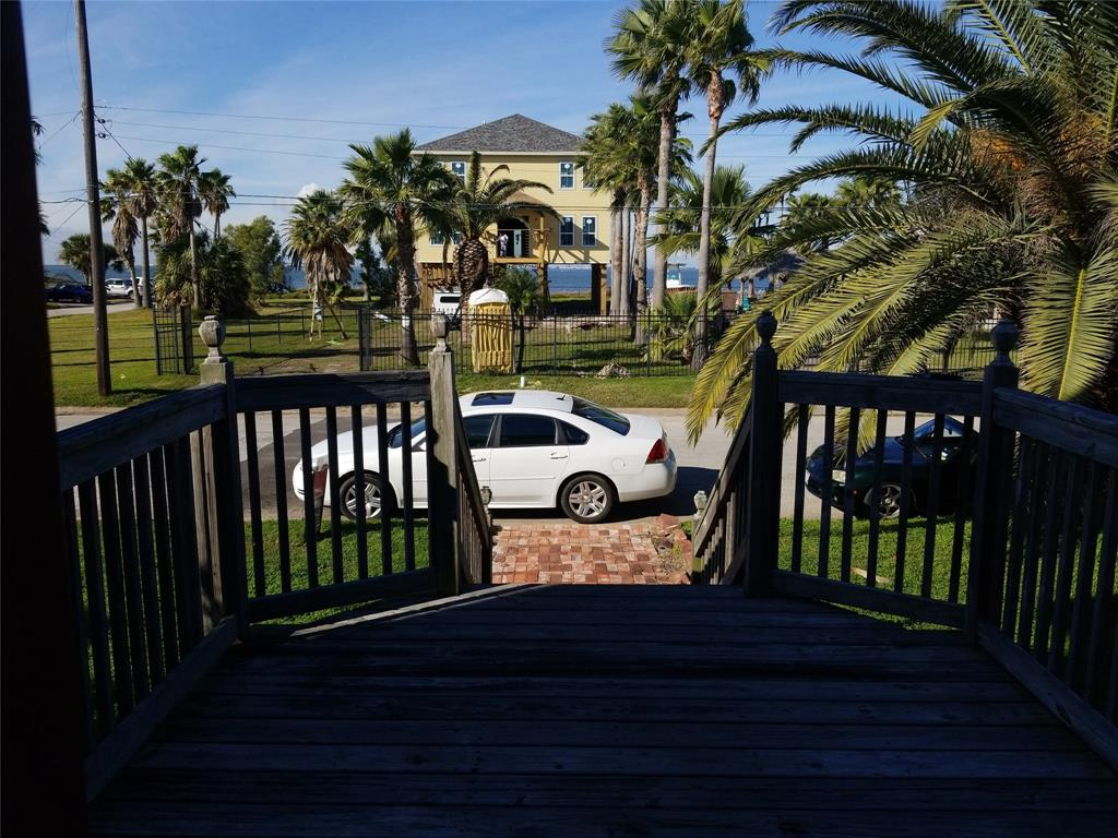 8017 channelview drive - galveston
