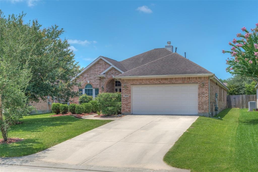 25604 Southwood Oaks Court Kingwood | Atascocita | Humble Home Listings - Lorna Calder REMAX Real Estate