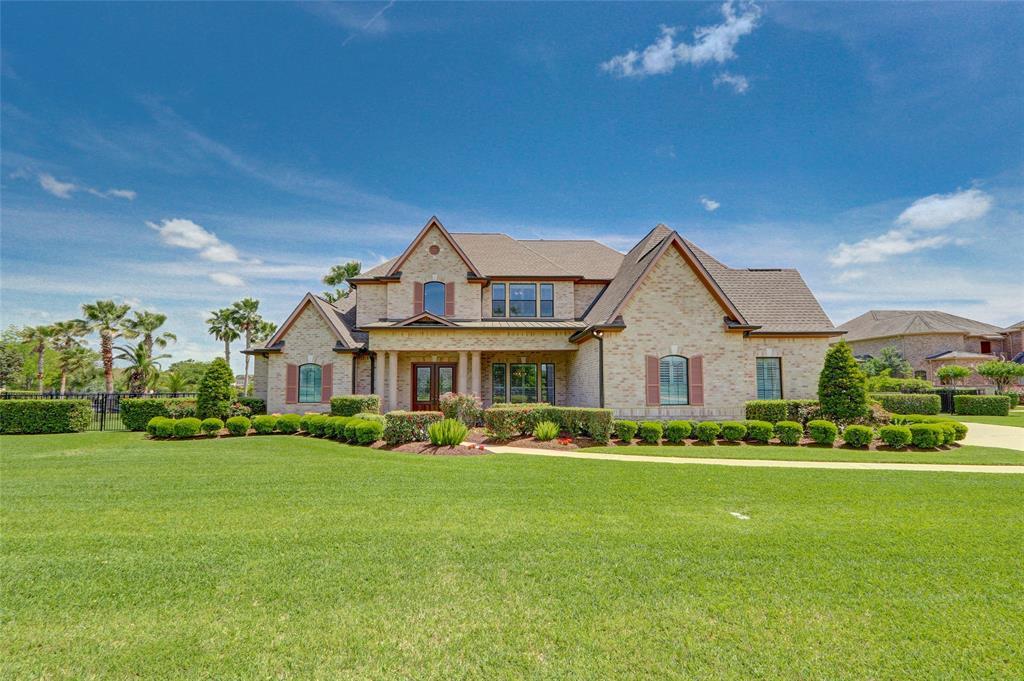 Lake Pointe Estates Homes and Real Estate | Realtor Angela