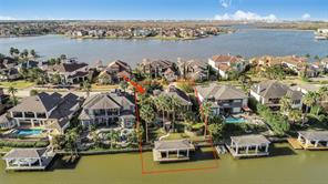 Property for sale at 2938 N Island Drive, Seabrook,  Texas 77586
