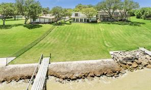 Property for sale at 5019 W Bayshore Drive, Bacliff,  Texas 77518