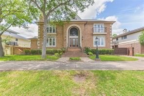 Property for sale at 18718 Upper Bay Road, Houston,  Texas 77058