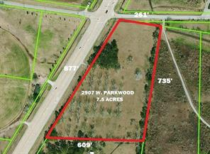 Property for sale at 2907 W Parkwood Avenue, Friendswood,  Texas 77546