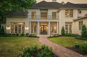 Property for sale at 20 Autumn Crescent, The Woodlands,  Texas 77381