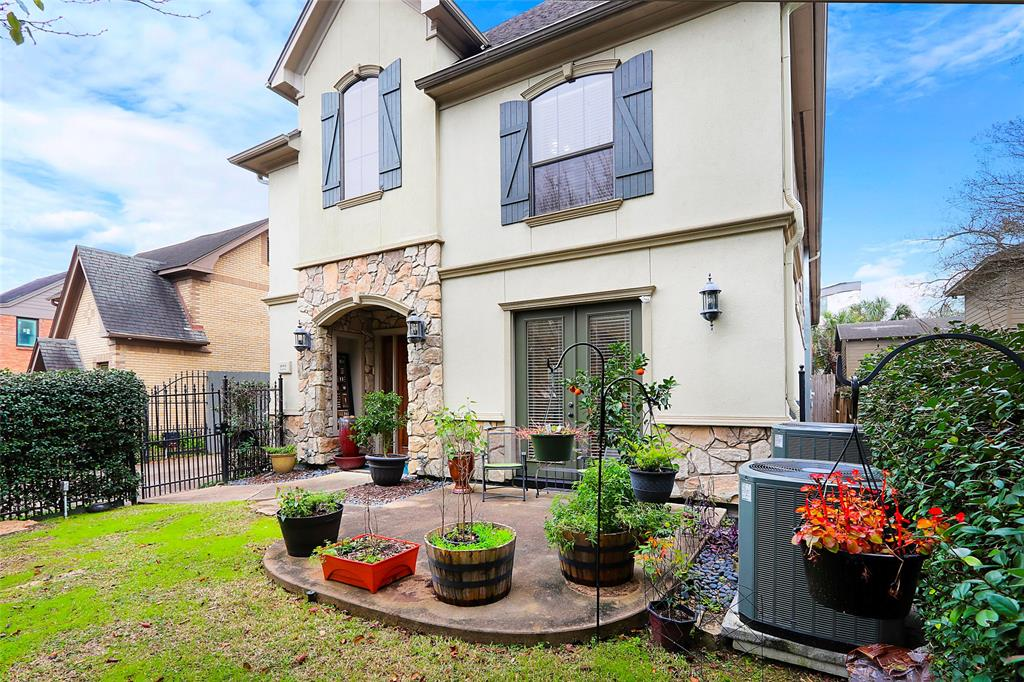 1809 Harold Street Houston, TX 77098