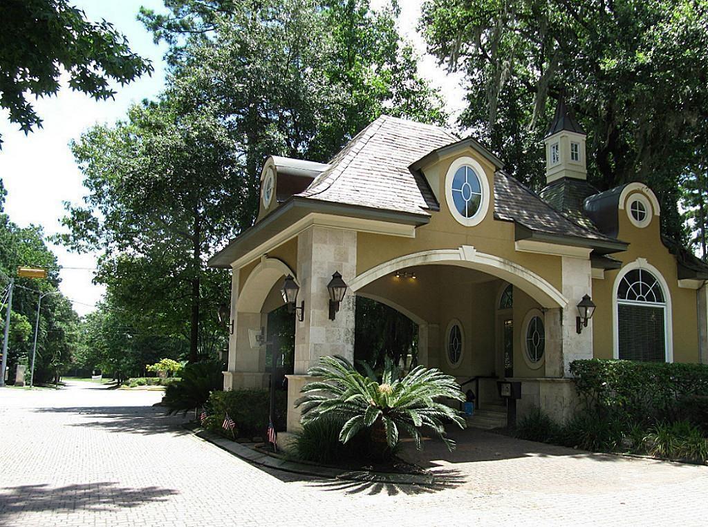 49 Kings Lake Estates Boulevard Humble, TX 77346