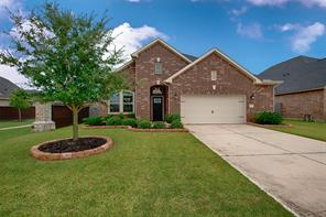 Property for sale at 2014 Scissor Tail Road, Pearland,  Texas 77581
