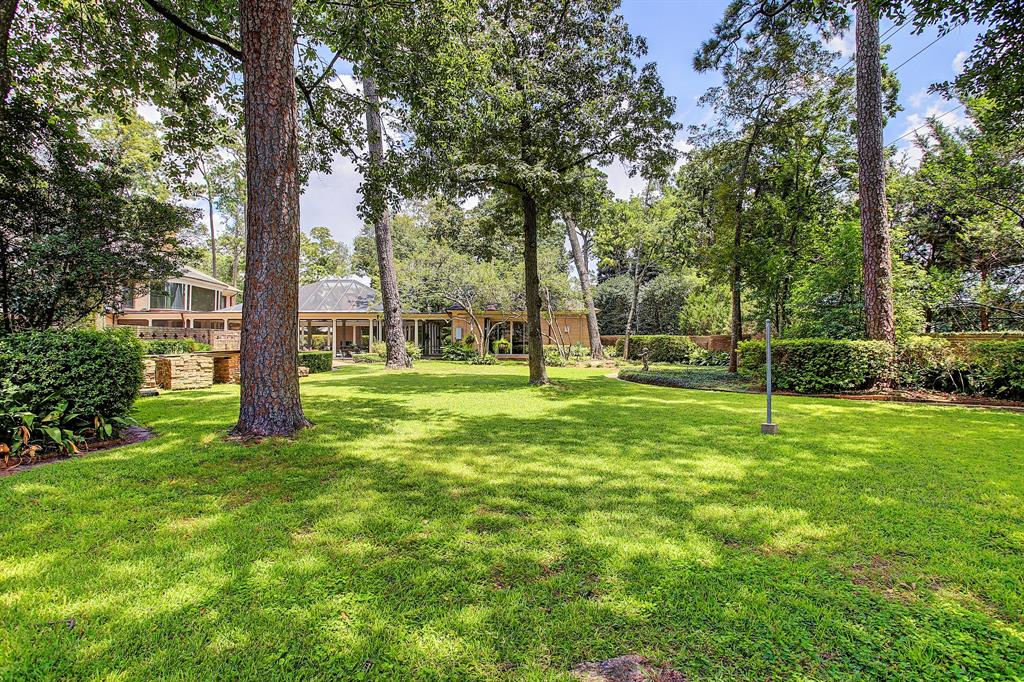 3739 Knollwood Street Houston, TX 77019