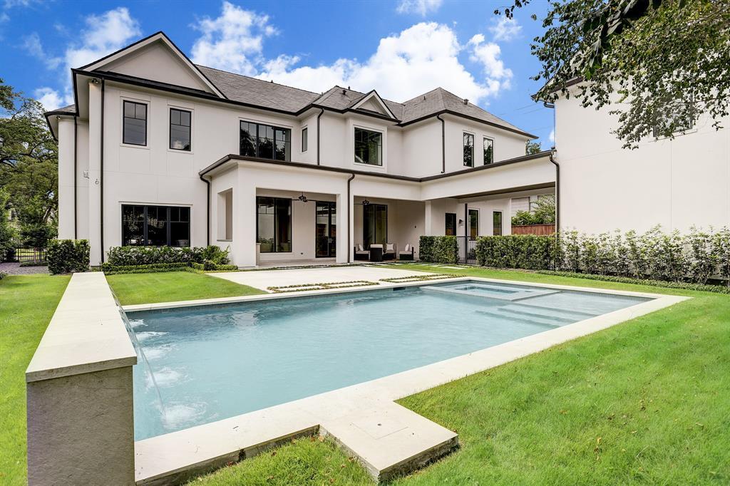 5622 Candlewood Drive Houston, TX 77056