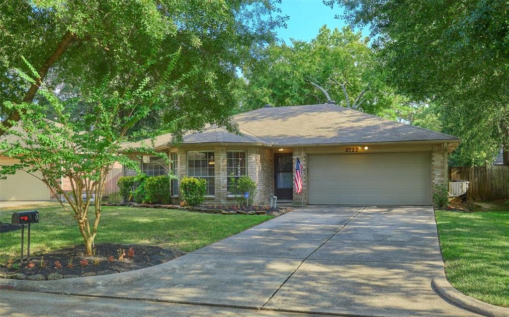 2722 Longleaf Pines Drive Kingwood | Atascocita | Humble Home Listings - Lorna Calder REMAX Real Estate