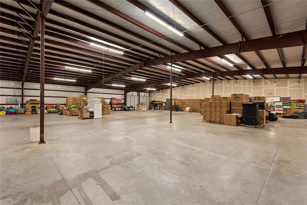 21820 E Wallis Drive Porter, TX 77365